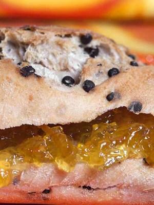 Chocovillo con mermelada de naranja