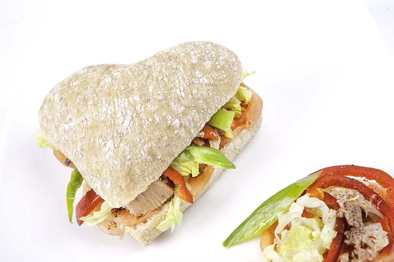 Bocadillo en Panvillo Cardio con pollo, manzana, lechuga, canónigo y mostaza